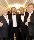 С Винокуром, Николаевым и Крутым